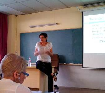 Nuria Hervás impartiendo Seminario sobre el Método Gottman en La Complutense de Madrid